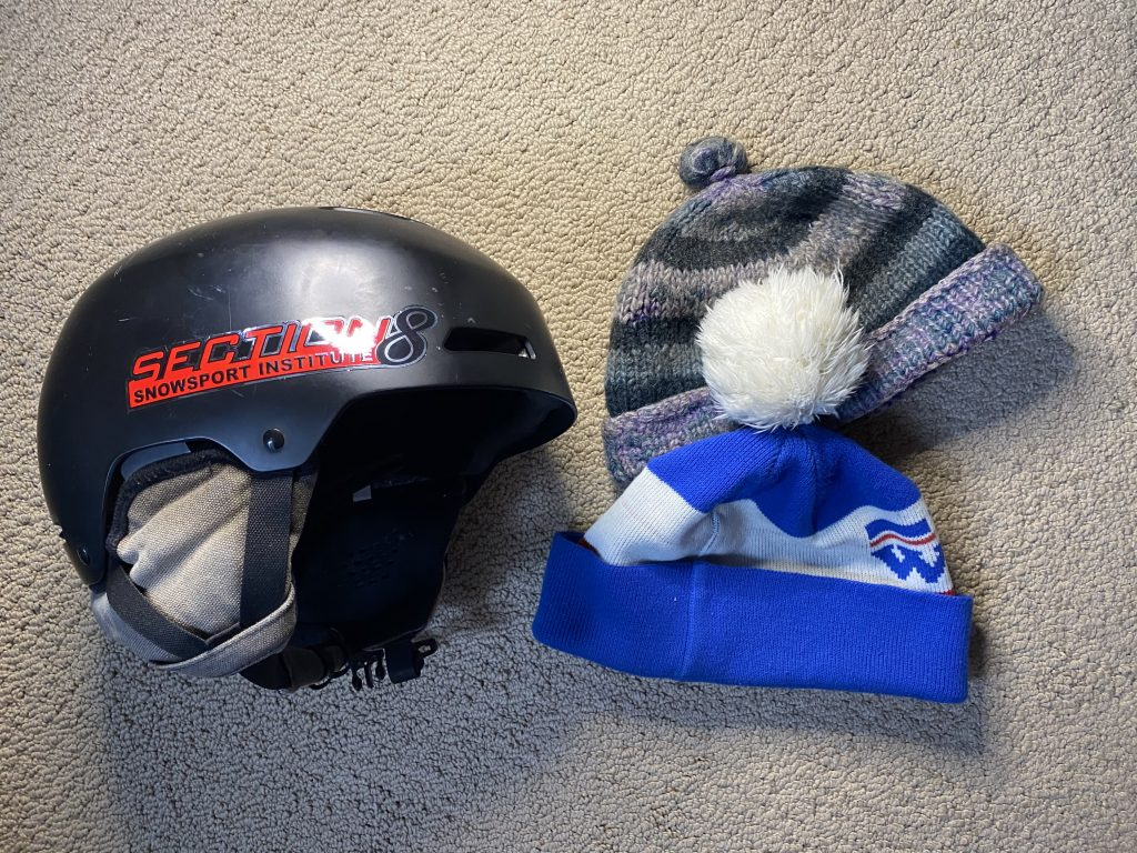 What to wear skiing - protect your head