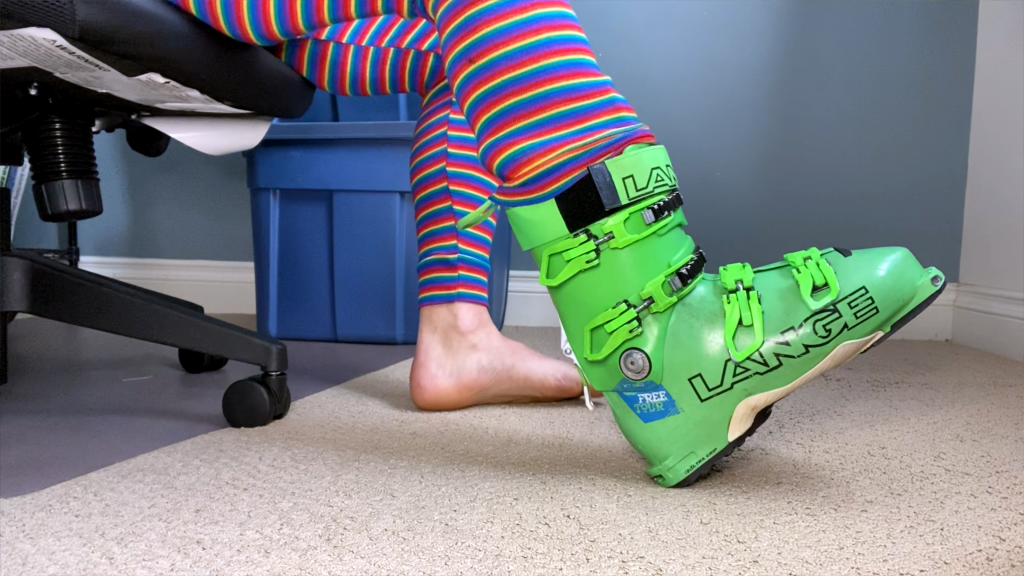 How to put on ski boots
